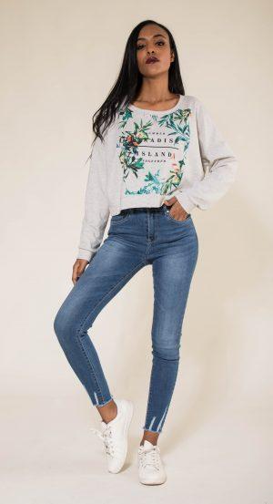 Nina Carter jean taille haute avec bas effiloché